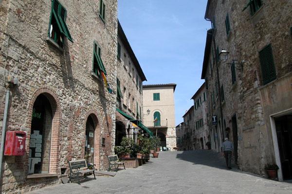 Suvereto Italy  City pictures : Le altre località da visitare